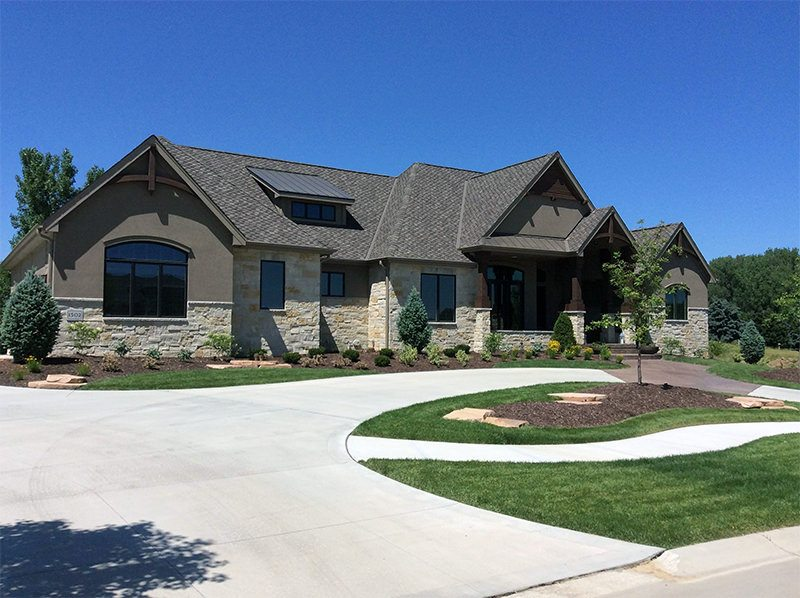 Interesting Home Exterior Design Ideas Using Natural Stone